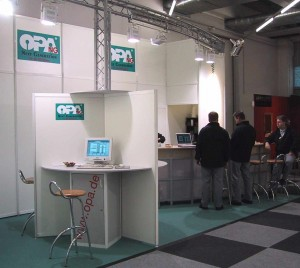 m2002stand